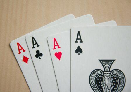 card-game-167051_1920